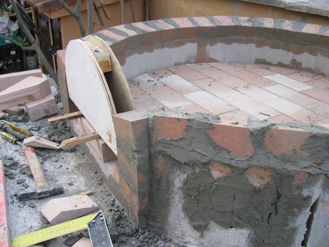 Costruzione forno a legna possibilmente economico page 3 for Mattoni refrattari per forno a legna